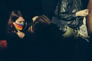 photo occupation de la comédie culture en danger maquillage